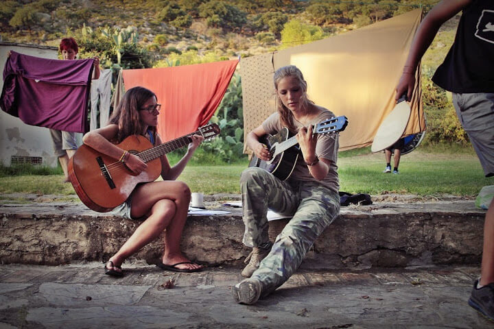 summer camps for teens, guitar playing