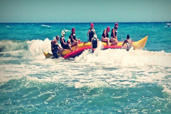 Teen summer camps in Spain - Impossible is nothing, water sport activity